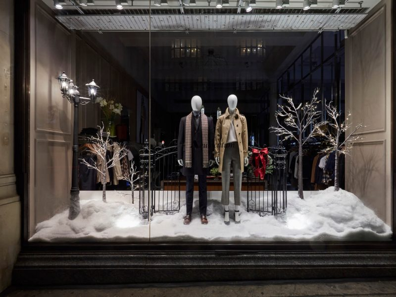 Aquascutum window display retail display VM prop manufacture Christmas London