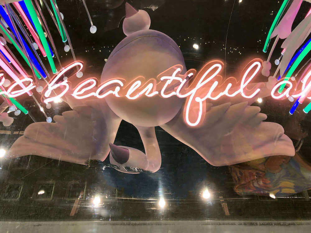 Hello Flamingo+Selfriges+TooFaced+2019+window display+neon+sign+reflection+swan+make+up+visual merchandising+VM+production+fairytale1