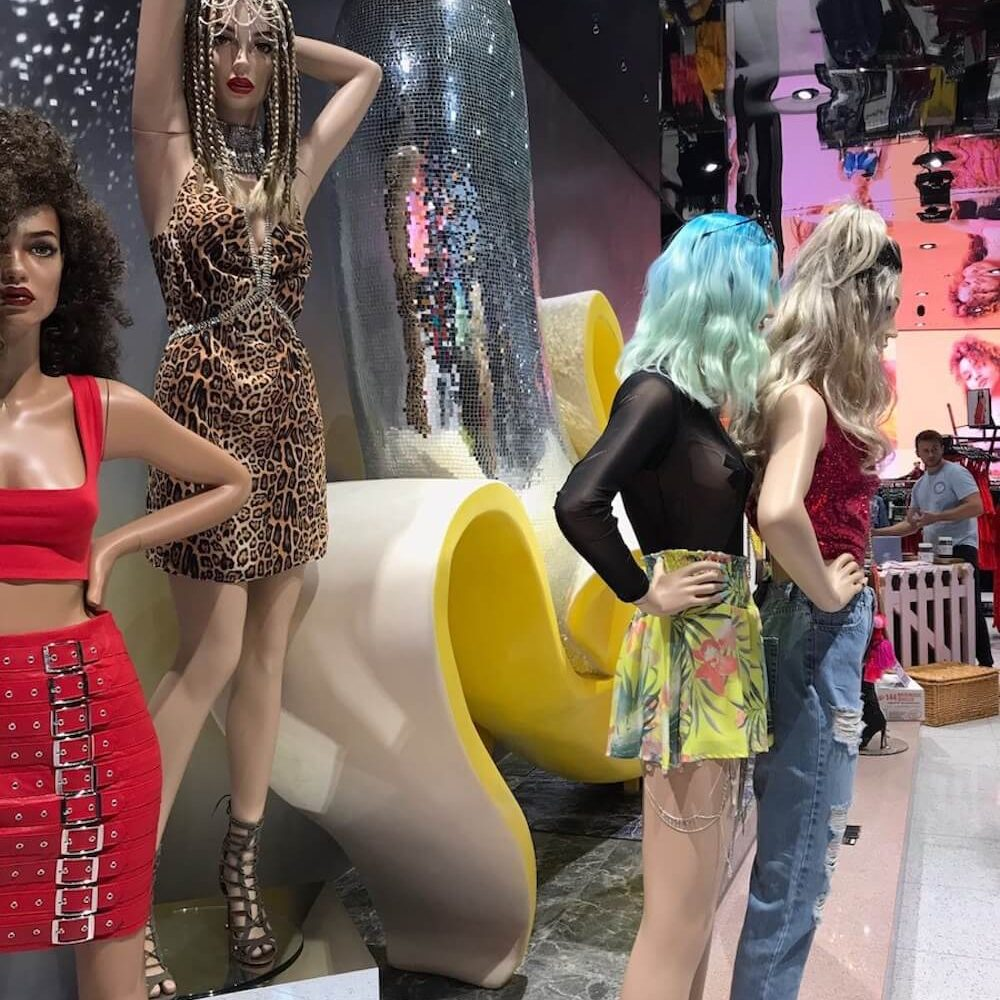 missguided-disco ball banana-mermaid tail-mannequin-fashion-instore display-bluewater-bespoke prop manufacturer-visual merchandising-retail design (3)