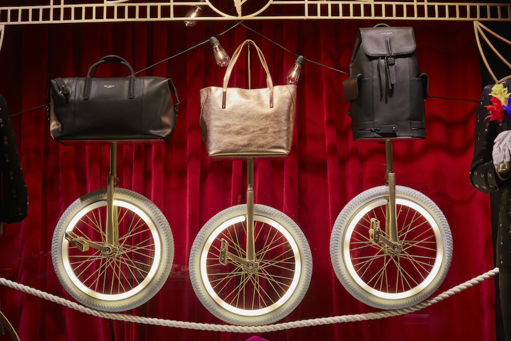 ted-baker-the greatest showman-selfridges-oxford-street-window display-bespoke prop manufacturer-visual merchandising (1)