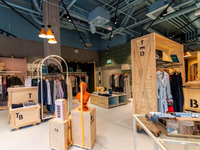 hello flamingo ted baker croatia visual merchandising retail design manufacturing